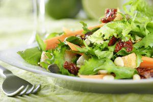 Les petites salades du chef Patrick  © Liv Friis-larsen - FOTOLIA