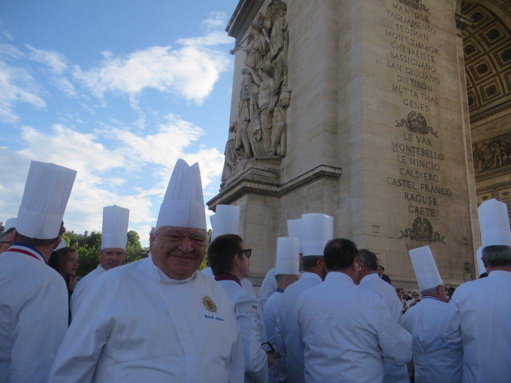 Les Cuisiniers de l'Académie Culinaire de France ravivent la flamme Patrick.asfaux@aftouch.fr 2