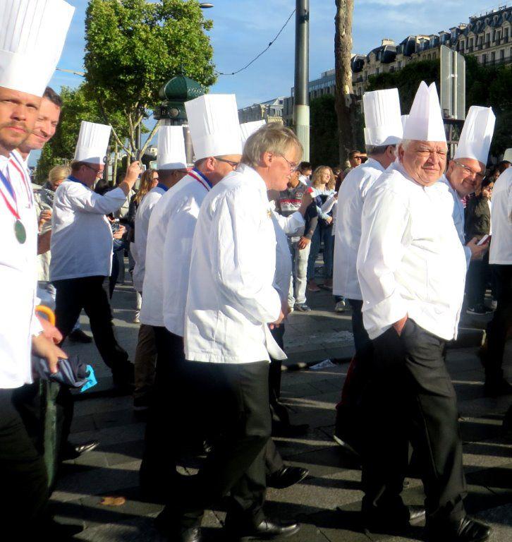 Les Cuisiniers de l'Académie Culinaire de France ravivent la flamme Patrick.asfaux@aftouch.fr 3