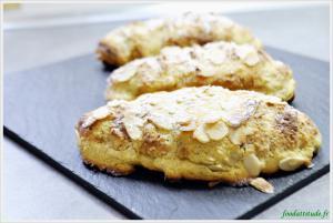Croissants aux amandes.