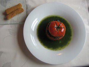 Escargots en coque de tomate