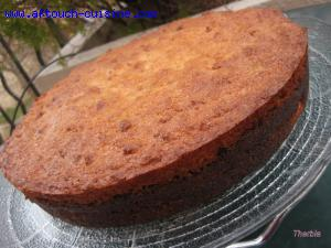 Gâteau aux poires et noix de coco