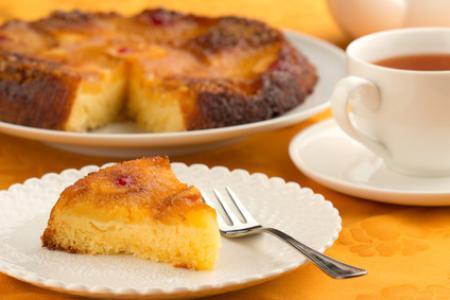 Gâteau simple à l'ananas