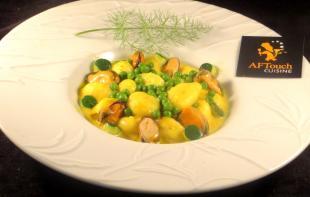 Gnocchi moules et petits pois en safran�e