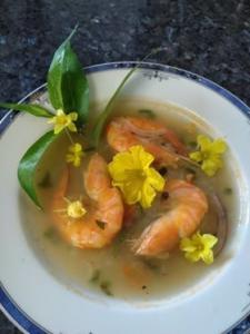 La soupe de grosses crevettes a la cambodgienne