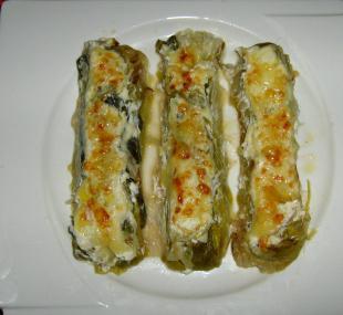 Les canons de jeunes poireaux et saumon