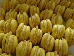 Macarons haricots de Soissons et purée de fruits