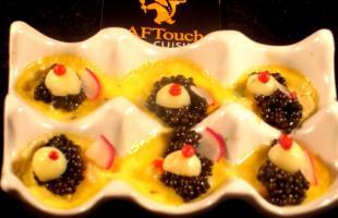 Mignardises de caviar aquitain