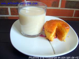 Muffins à la rhubarbe et son lait de riz