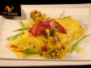 Omelette à l'aillet,ventrèche et brunoise du Sud