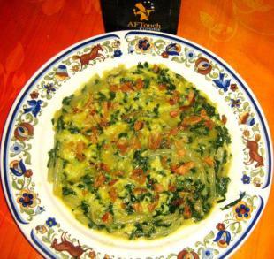 Omelette plate aux côtes et verts de blettes