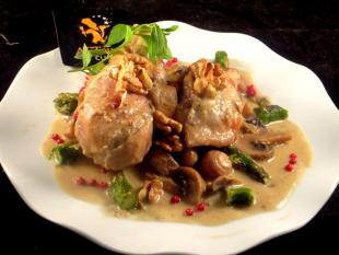 Poulet de grain étuvé Roquefort et Sauternes