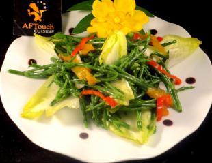 Salade de salicornes endives et poivrons confits