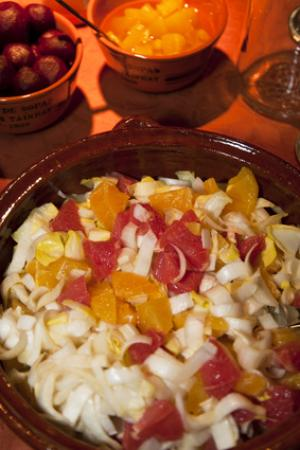 Orange, grapefruit and red onion salad