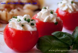 Tomates Cocktails en Robe Blanche