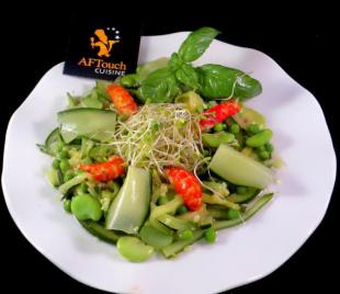 Salade estivale aux queues d'écrevisses
