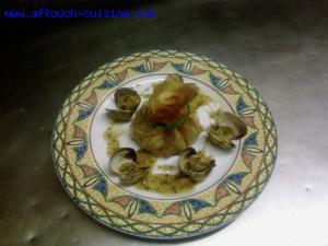 Aumoniere de petit violet et calamar aux palourdes
