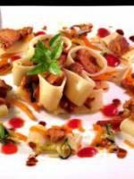 Calamarata aux girolles et légumes confits
