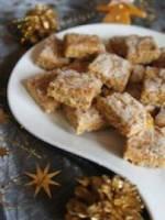 Carr�s de pain d'�pices aux  amandes
