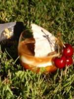 Compotée d\'abricots, fromage blanc vanillé et cbs