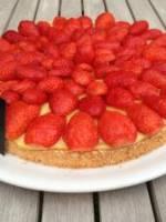 Dacquoise aux fraises et � la verveine