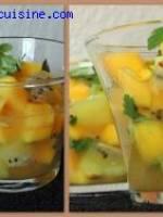 Nage de fruits exotiques