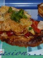 Toasts au poulet gratinés